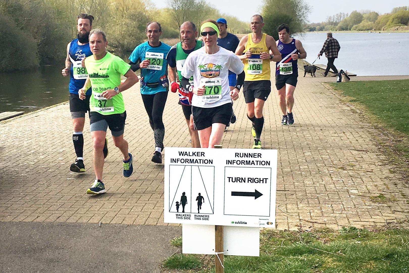Marathon signs